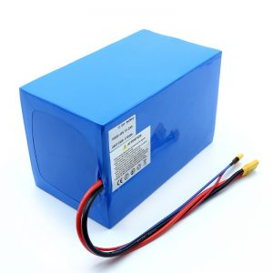 Batería de litio 18650 48V 51.2AH 24v 30V 60V 15ah 20Ah 50Ah Li-ion Baterías 18650 48V Batería de iones de litio para scooter eléctrico